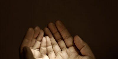 Zenginlik Duası Nedir? Zenginlik Duası Nasıl Edilir?